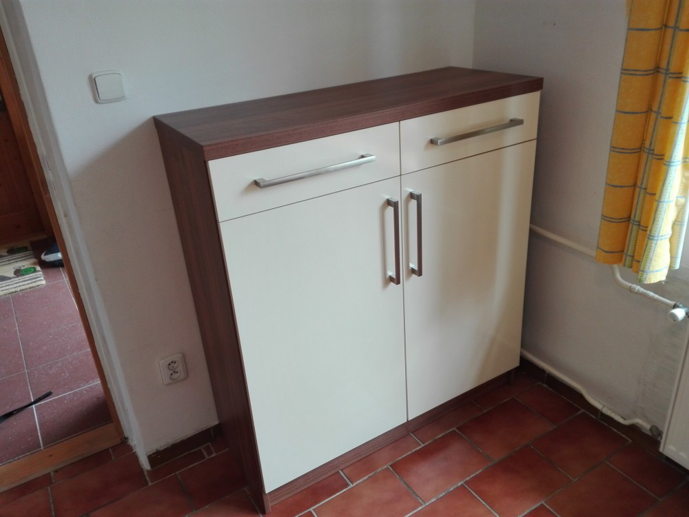 Kuchyňská linka v domě s původními propozicemi